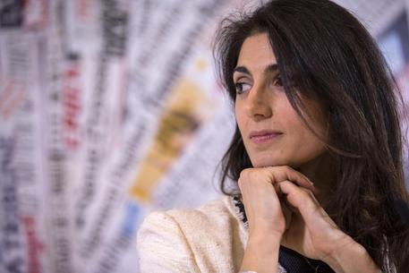 Raggi vola al 67,4%: è il primo sindaco donna della Capitale