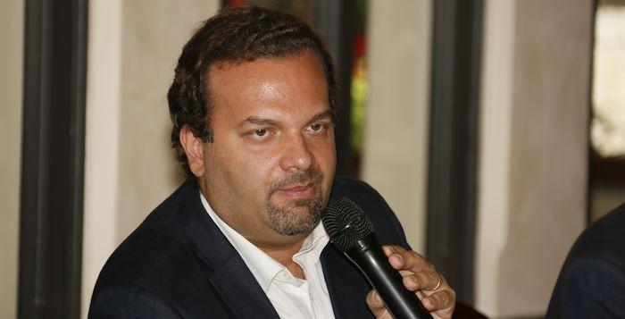 Il M5S chiede chiarezza per i fondi regionali al regista Castiglione$