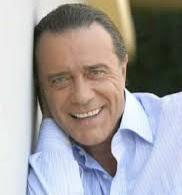 Addio a Gianni Nazzaro. Il cantante aveva 72 anni